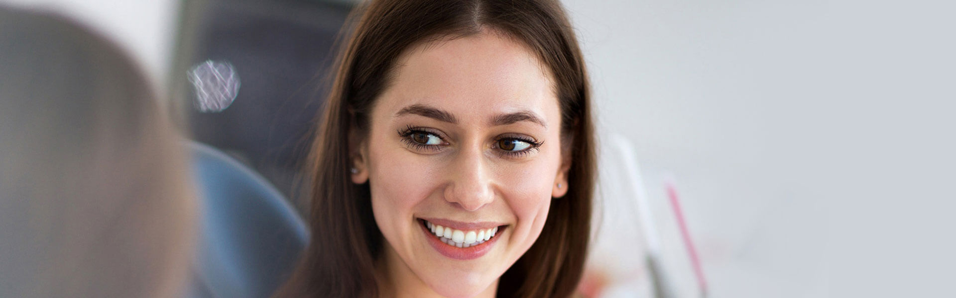 What You Should Know Before Using Teeth Whitening Strips
